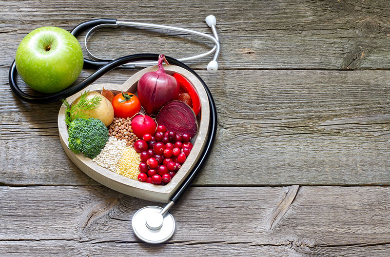 heart-healthy-food-with-stethoscope